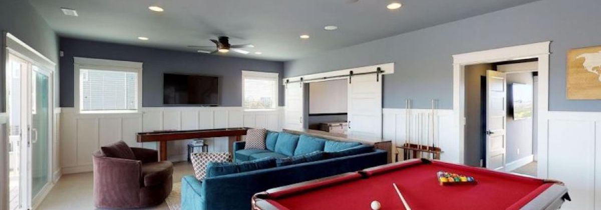 Hatteras vacation rentals with a pool table