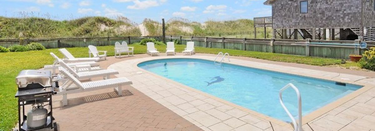 Hatteras Rental with an oceanfront pool