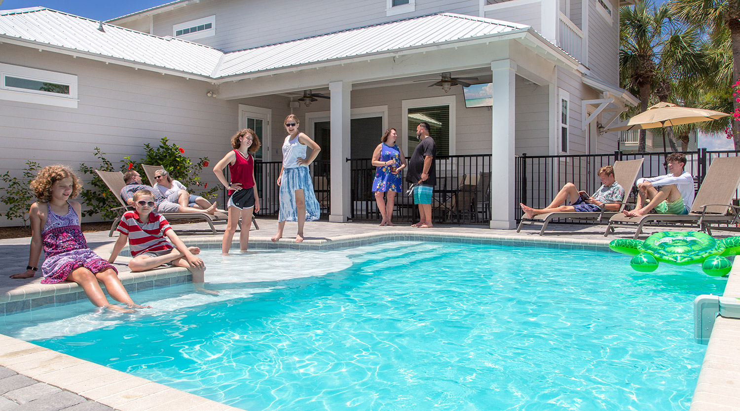 Small Destin Vacation Homes with Big Pools