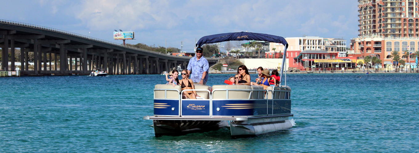 Family on Pontoon Rentals with Discount