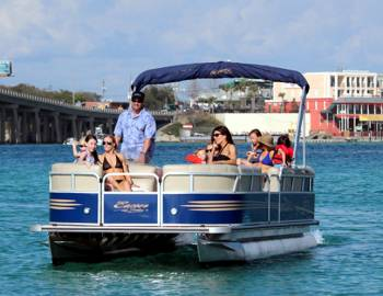 Family on Pontoon Boat Rental with Discount
