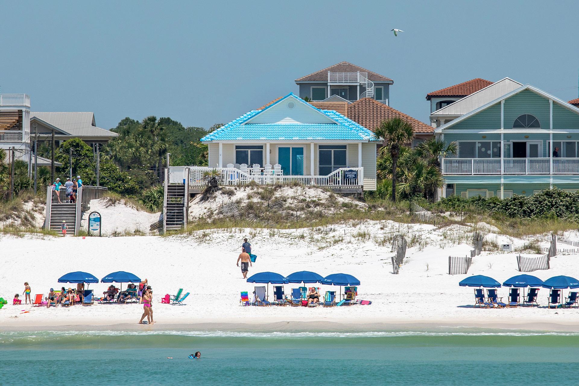 Sandtrap by the Sea Beachfront Home