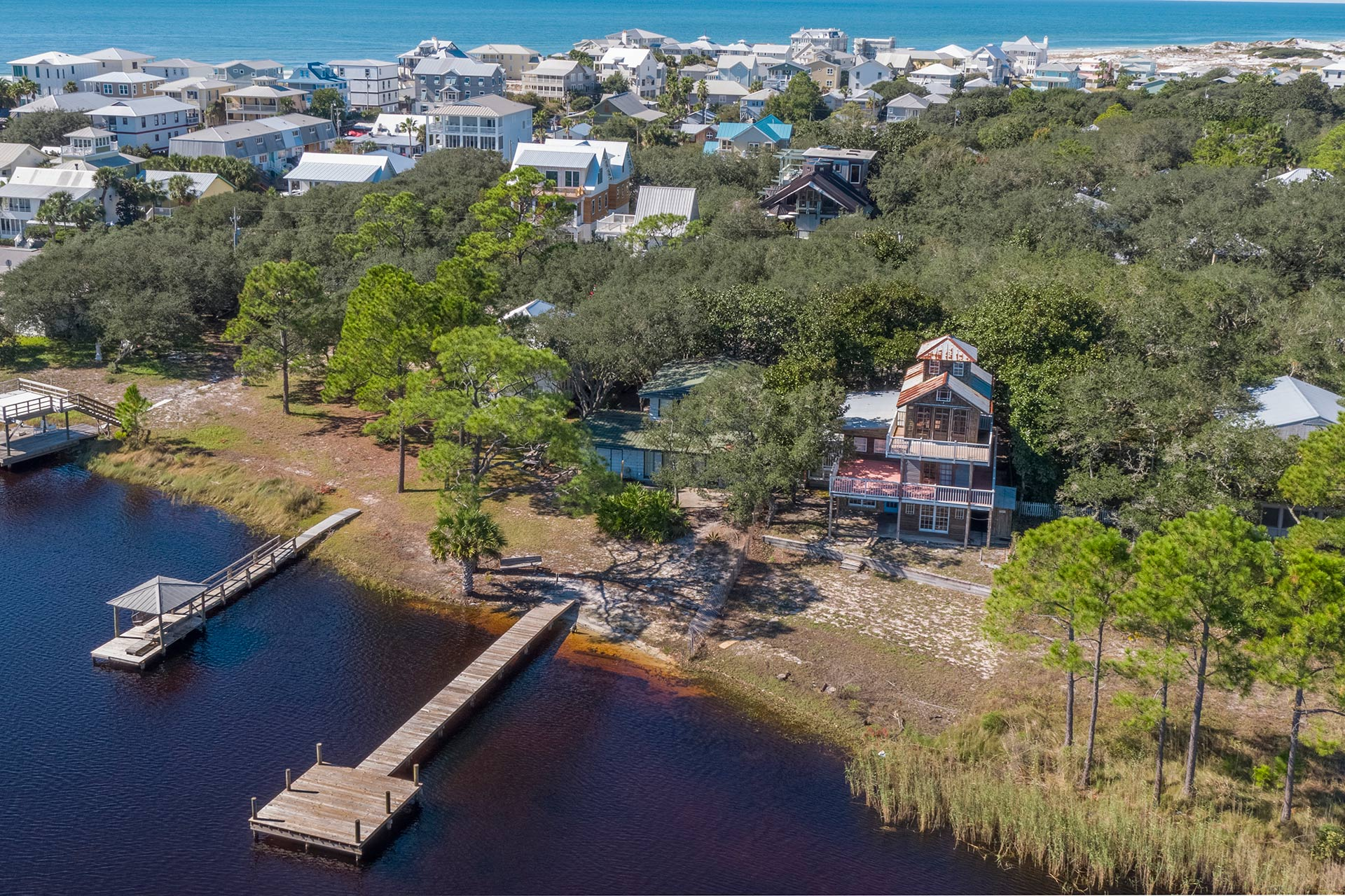 Sealake Cottage Vacation Home